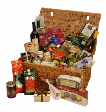 "The ""Taeping"" Christmas Hamper"