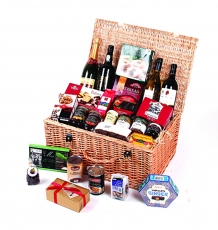 "The ""Gauntlet"" Christmas Hamper"