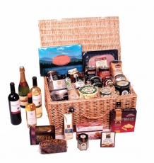 "The ""Tummell"" Scottish Christmas Hamper"