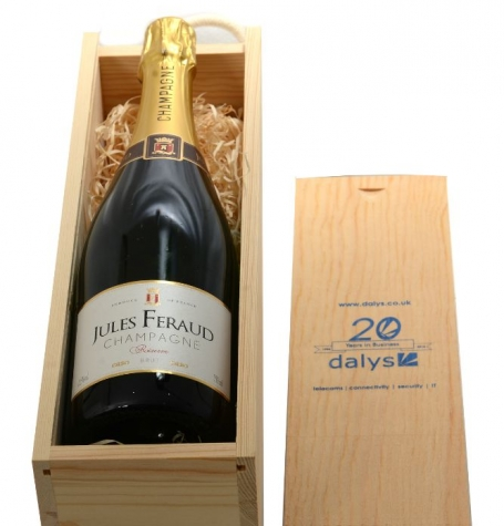 7-1c-new-champagne-in-a-wooden-crate-ccr1-low-res