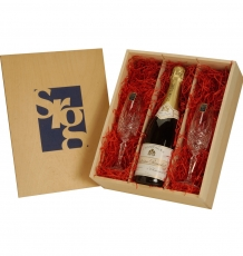 Champagne Gift Box with Crystal Flutes