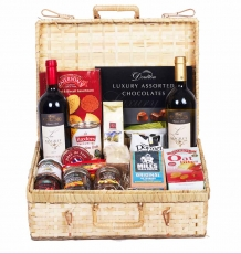 "The ""Annandale"" Hamper"
