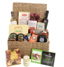 "The ""Edesia"" Christmas Hamper"