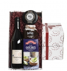 Wine, Cheese & Chutney Gift Box